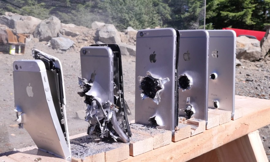 outdoorhub-video-how-many-iphones-does-it-take-to-stop-an-ak-74-bullet-2015-06-26_14-36-10-880x529