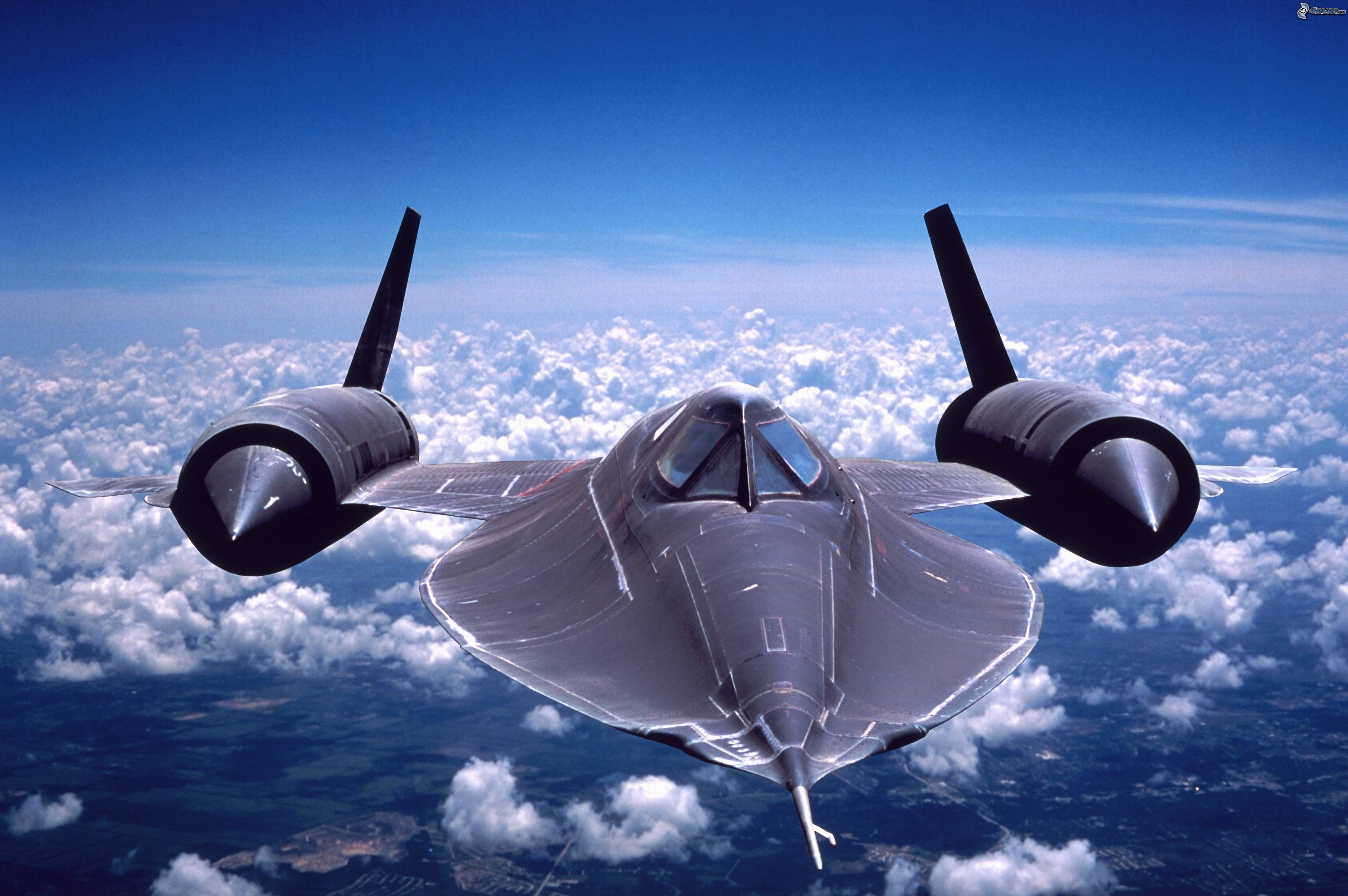20 Facts You Don't Know About SR-71 Blackbird featured