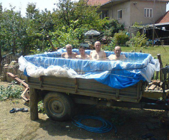 20 Temporary Swimming Pools For You To Consider 19