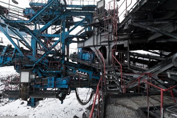 Biggest coal mine4