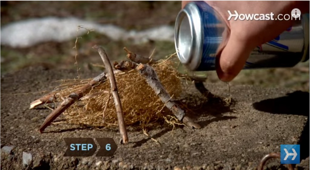 How to Start a Fire with an Aluminum Can a Chocolate Bar 3