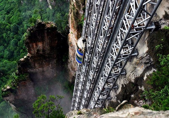 Hundred Dragons Elevator – Why China Is Famous For Structures 2