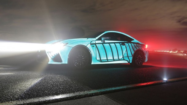 Lexus Car's Paint-Job Flashes In Sync With Driver's Heartbeat 2