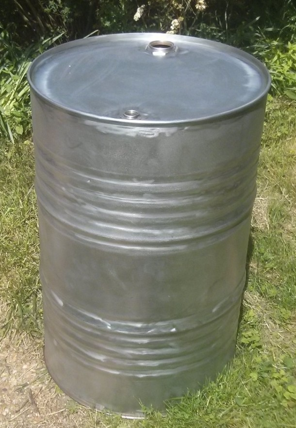 Making Use of Old Gasoline Barrel 2