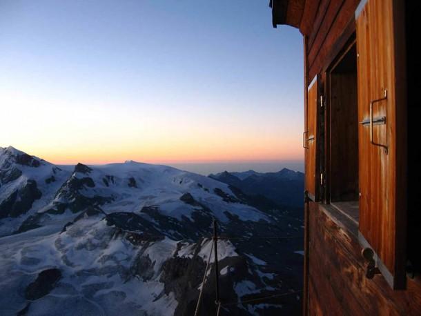 Matterhorn's hut9
