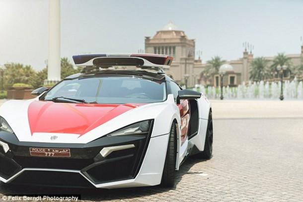 Meet Abu Dhabi's Robocar – Lykan HyperSport