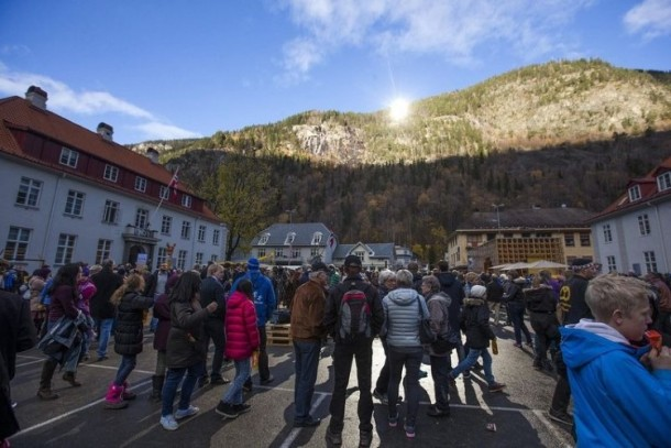 Rjukan Makes Use Of Mirrors For Sunlight 2