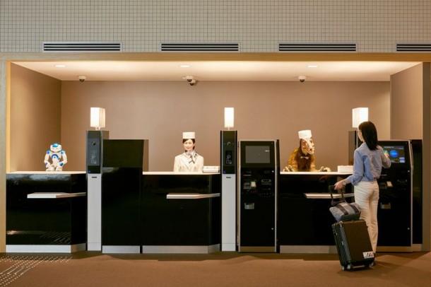 Strange Hotel In Japan Has Robotic Staff 2