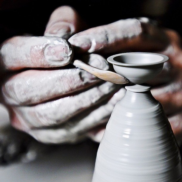 Tiny Pottery By Jon Almeda Is Amazing 7