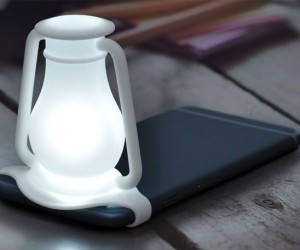 Travelamp Transforms Your Smartphone Into Night Light 4