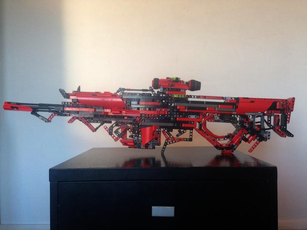 Guy Creates A Fully Working Gun Out Of Lego Blocks