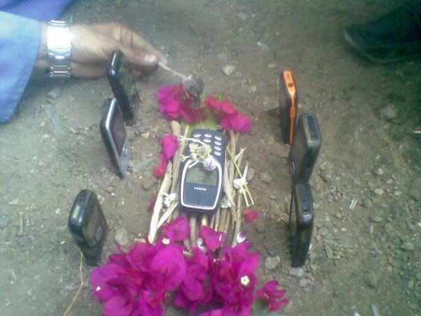 Nokia 3310 destroyed4