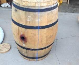 Wine barrel-table15