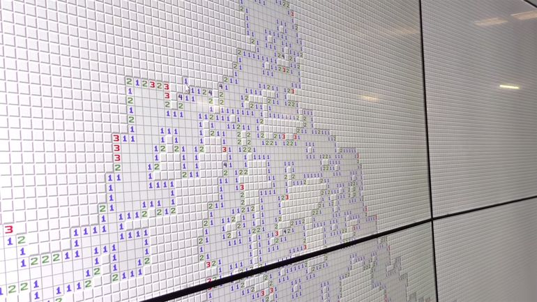 This Is The World's Largest Version of Minesweeper And Fits In 24 HD Screens