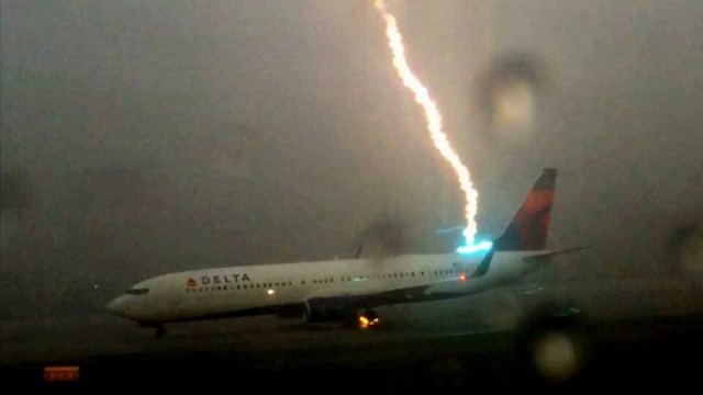 Watch What Happened When This Airliner Got Struck By Millions Of Volts Worth Lightning