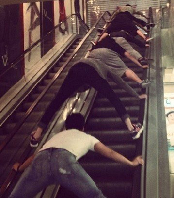 escalator accident in China