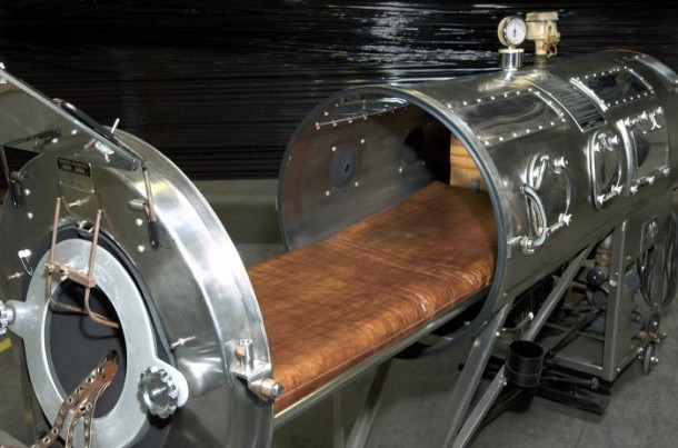 iron lung4