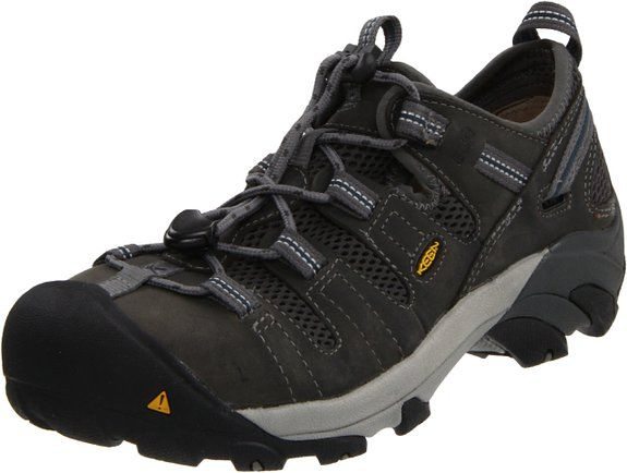 10 Best Work Shoes For Engineers