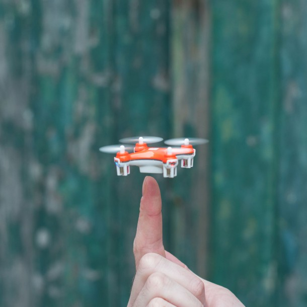 Check Out World's Smallest Quadcopter 4