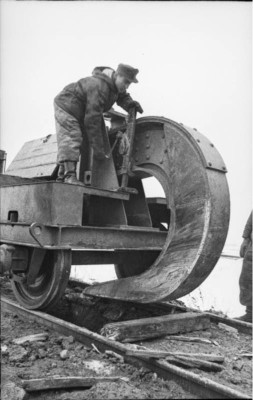 Here's How German Troops Destroyed Rail Tracks When Withdrawing from Soviet Territory in 1944 2