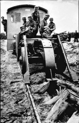 Here's How German Troops Destroyed Rail Tracks When Withdrawing from Soviet Territory in 1944