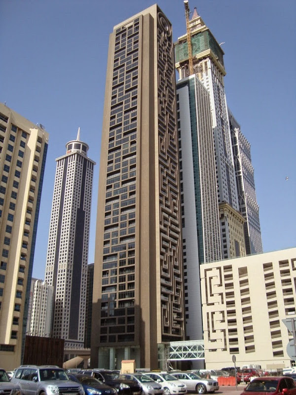 The Maze Tower Is World's Largest Vertical Maze in Dubai 5