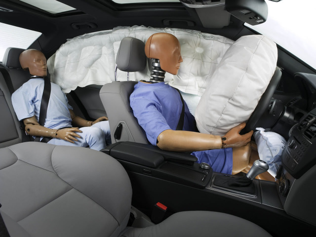 This Is How An Airbag Works When There Is A Car Accident