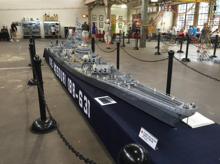 USS missouri Lego10