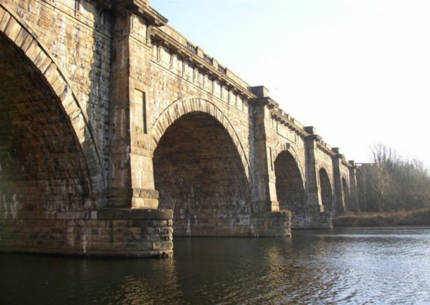 World's 10 Most Amazing Water Bridges 10