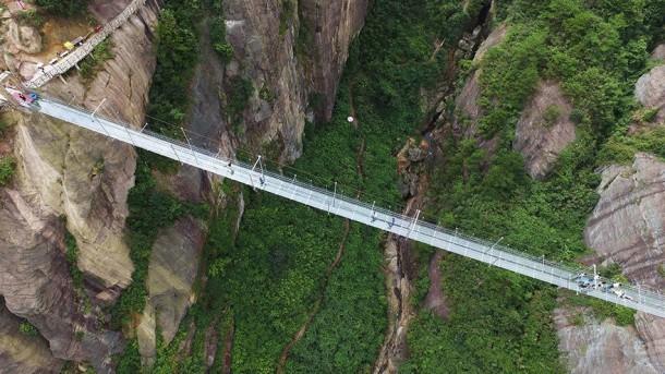 skywalk bridge hunan china2