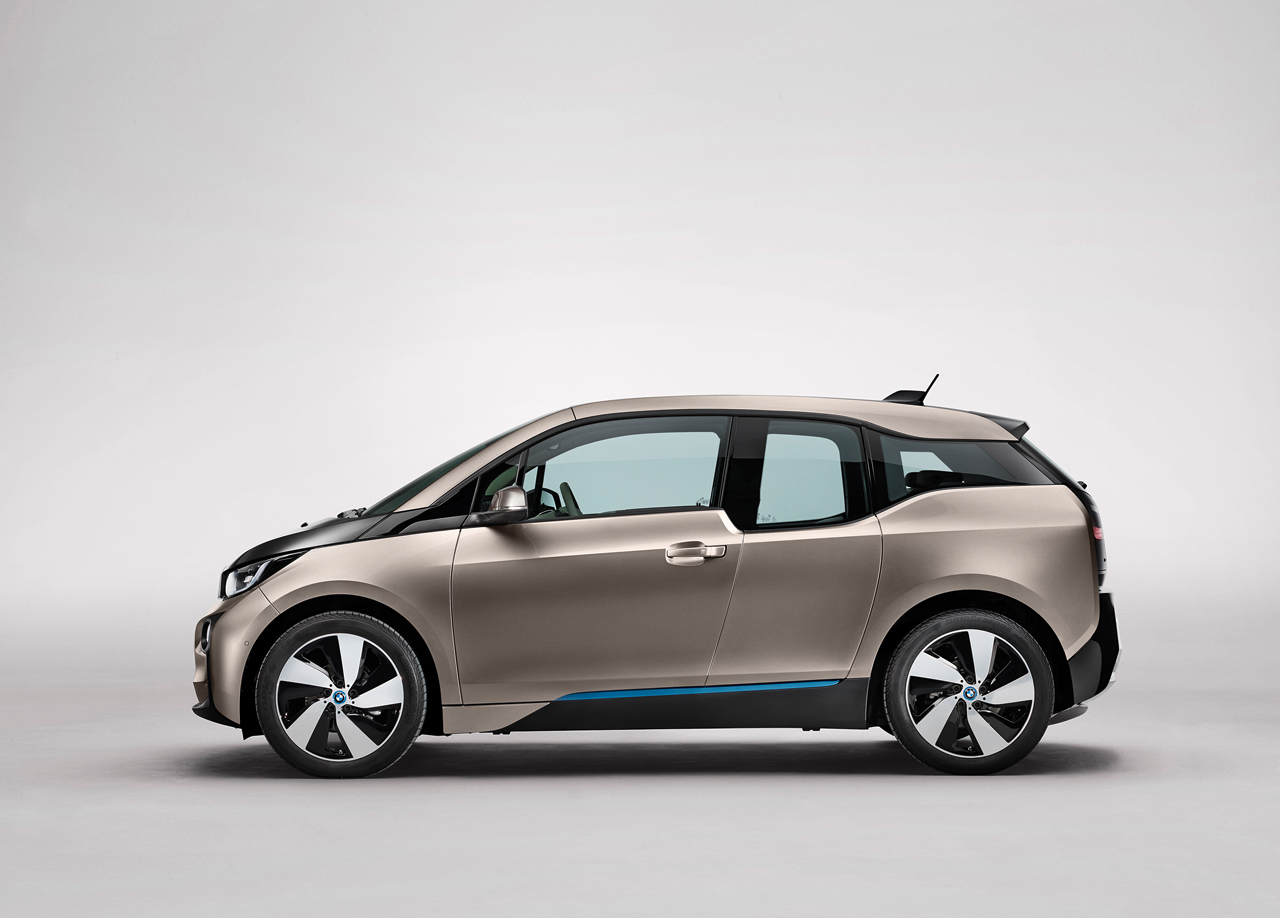Here Are 10 Electric Cars With The Best Range