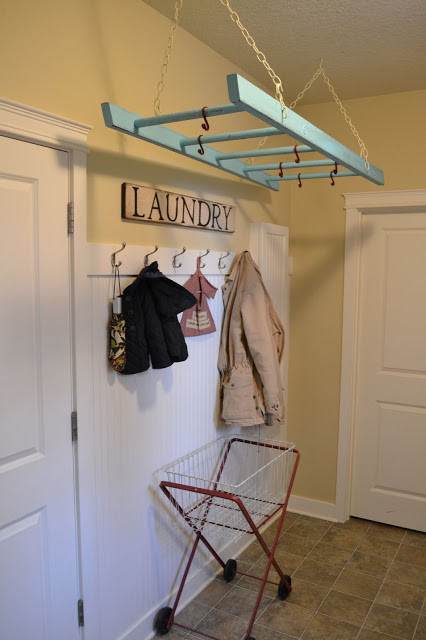 Here Are 21 Ways You Can Use That Old Ladder Of Yours 7