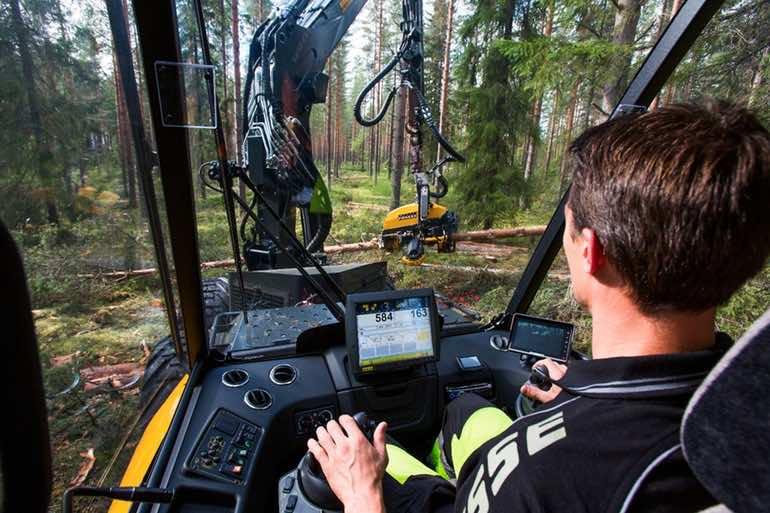 Ponsse timber lumberjack4