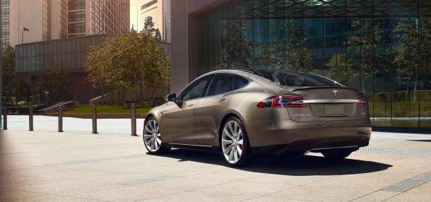 Tesla_autopilot1