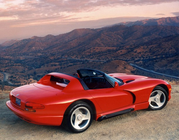 1992 Dodge Viper RT/10 top car rating and specifications