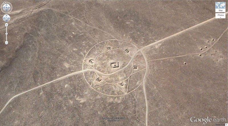 Google Earth25