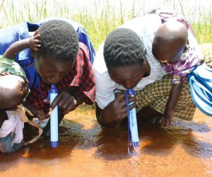 Lifestraw_Portable_Water_Filtration_System_4