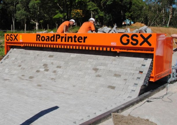 RoadPrinter by RPS Can Lay 500 Meters of Paved Road In A Day 3