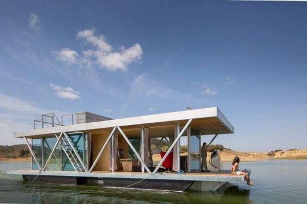 The Amazing Floating House Is Customizable And Self-Sufficient 2