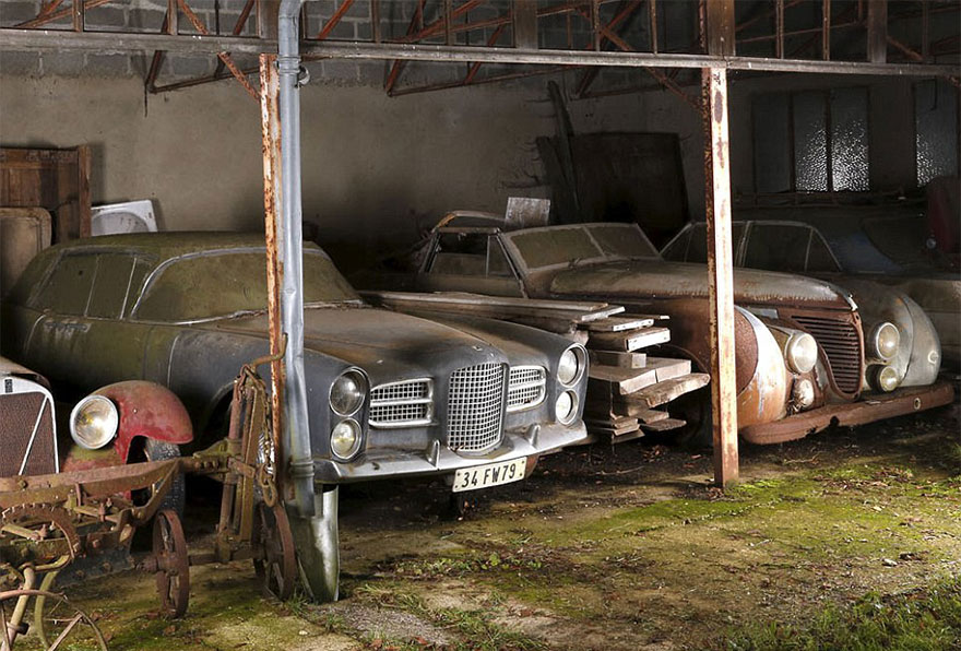 vintage cars found at french farmhouse2