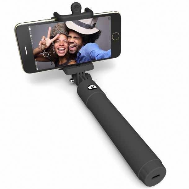 10 Best Selfie Sticks (5)