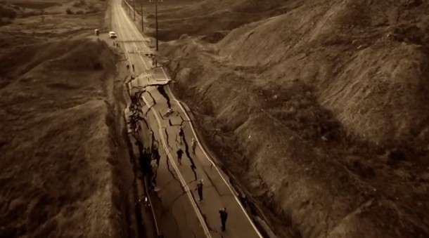 california road rises up 3