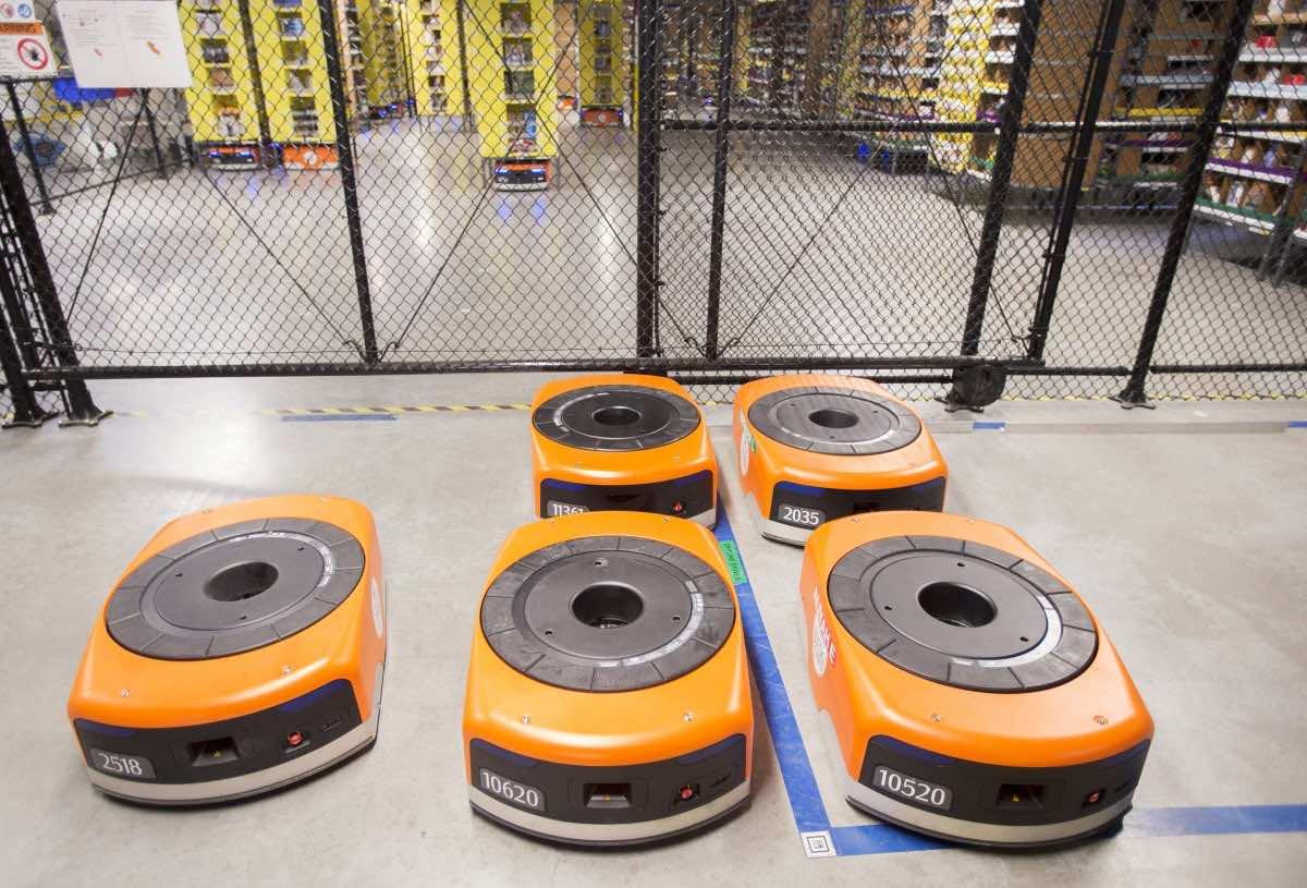 Amazon robots4