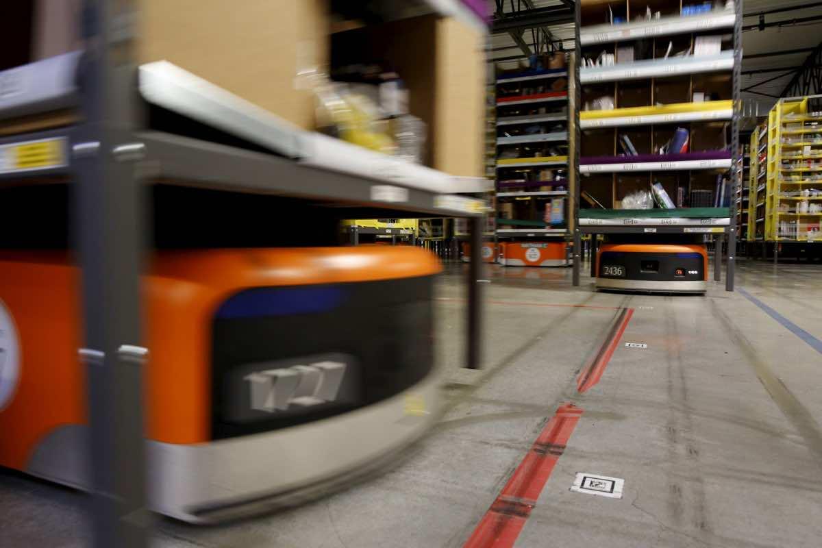 Amazon robots5