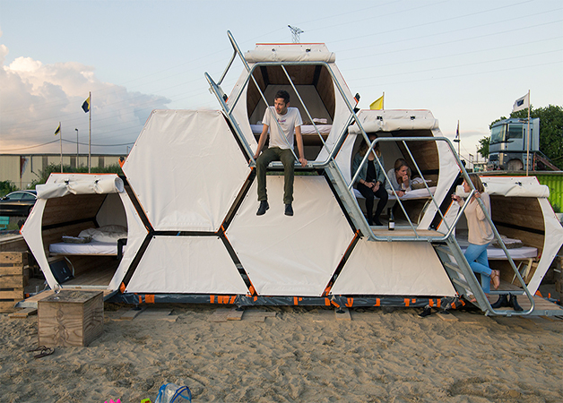 These Bee-Pods Provide An Eco-Friendly And Fun Camping Experience At Music Festivals