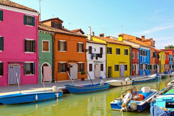 Check Out World's Most Colorful Cities 9