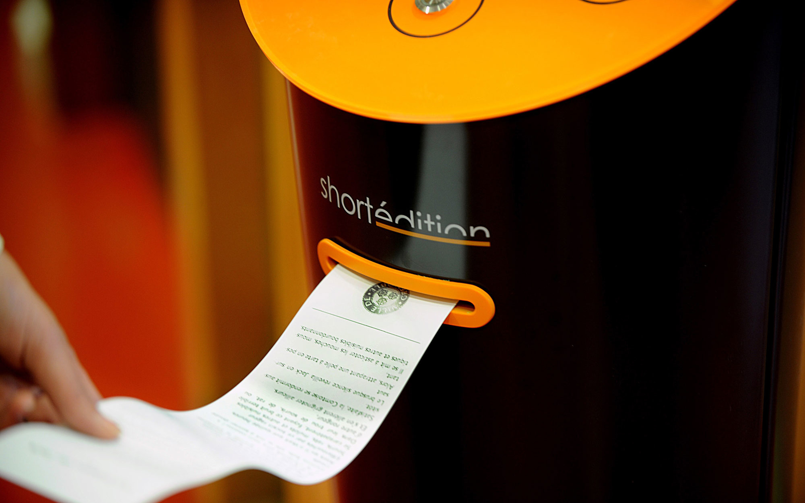 Grenoble Has Vending Machines That Dispense Short Stories 5