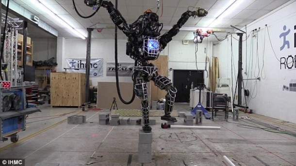 Ian The Atlas Robot Can Now Help You With Home Chores 5