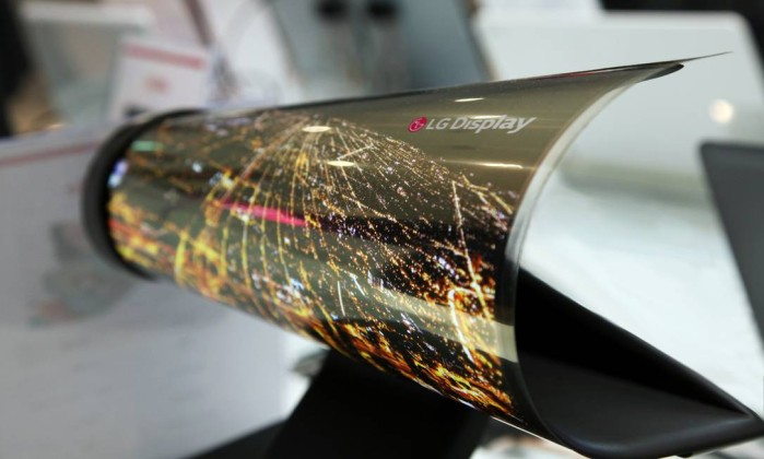 LG's New OLED Display Is So Thin That It Can Be Rolled Like A Newspaper