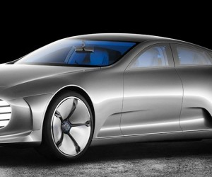 Mercedes Benz CIAA Transforms When You Speed It To 50mph 10